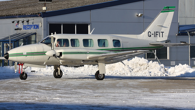 G-IFIT - Piper PA-31-350 Chieftain - Private