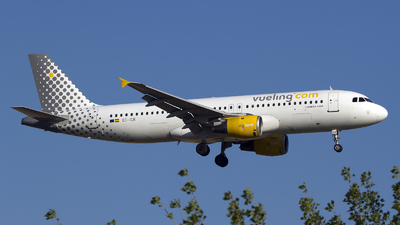 EC-ICR - Airbus A320-211 - Vueling