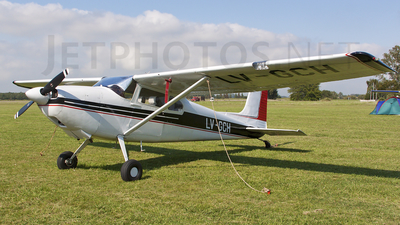 LV-GCH - Cessna 180 Skywagon - Private