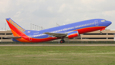 A picture of N338SW -  - [] - © Tim Perkins
