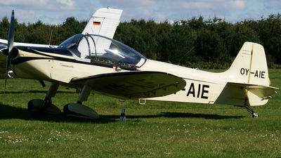 OY-AIE - Piel CP301S Emeraude - Private