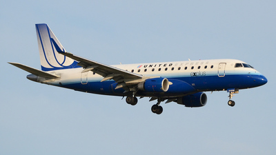N645RW - Embraer 170-100SE - United Express (Shuttle America)
