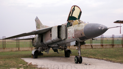670 - Mikoyan-Gurevich MiG-23MF Flogger B - Bulgaria - Air Force