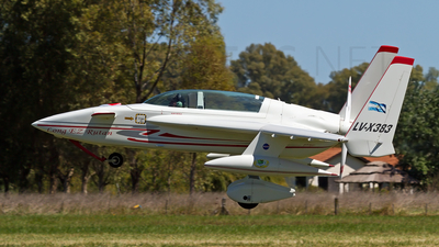 LV-X383 - Rutan LongEZ - Private