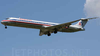 A picture of N976TW - McDonnell Douglas MD83 - [53626] - © Alex Brodkey