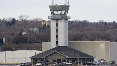 KSTP - Airport - Control Tower