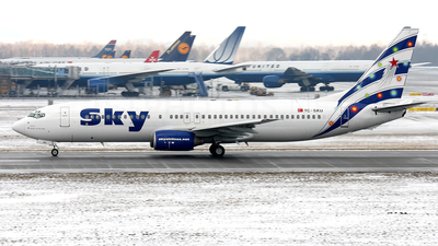 TC-SKU - Boeing 737-883 - Sky Airlines