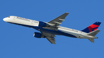 N613DL - Boeing 757-232 - Delta Air Lines