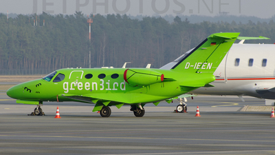 D-IEEN - Cessna 510 Citation Mustang - Green Bird