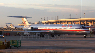 N978TW - McDonnell Douglas MD-83 - American Airlines