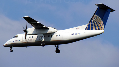 A picture of N369PH - De Havilland Canada Dash 8200 - [513] - © Doug Marsh