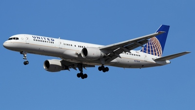 N570UA - Boeing 757-222 - United Airlines