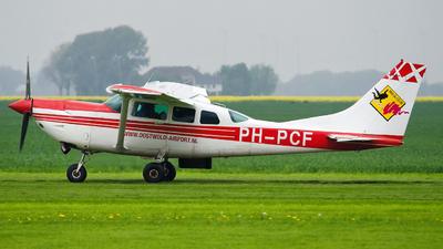 PH-PCF - Cessna U206G Turbine Stationair - Paraclub Flevo