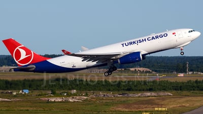 TC-MCZ - Airbus A330-243F - Turkish Airlines Cargo (MNG Airlines)