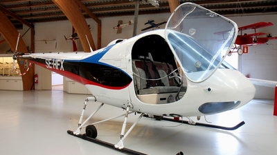 SE-HFX - Enstrom F-28A-UK - Private
