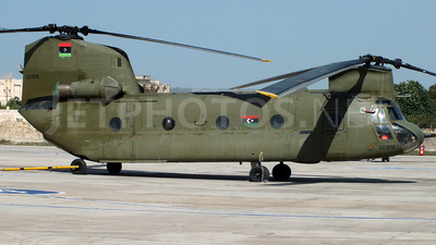 LC-010 - Boeing CH-47C Chinook - Libya - Air Force