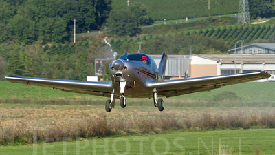 I-A021 - Alpi Pioneer 300 Hawk - Private