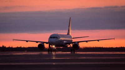 OH-LXF - Airbus A320-214 - Finnair