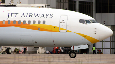 VT-JGU - Boeing 737-85R - Jet Airways