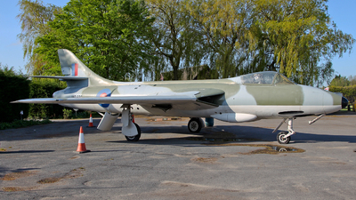 WT680 - Hawker Hunter F.1 - Private
