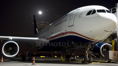 N280AY - Airbus A330-243 - US Airways
