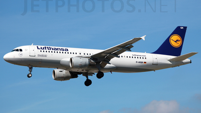 D-AIQR - Airbus A320-211 - Lufthansa