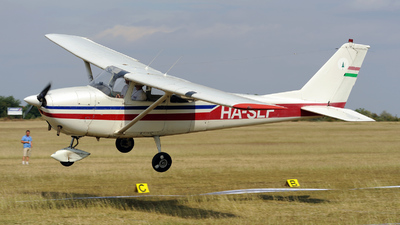 HA-SLF - Reims-Cessna F172F Skyhawk - Private
