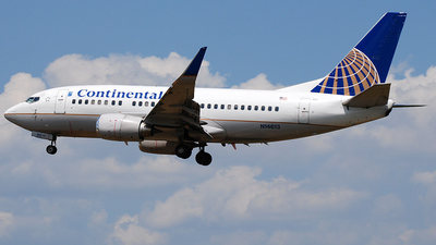 N14613 - Boeing 737-524 - Continental Airlines
