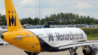 G-OZBK - Airbus A320-214 - Monarch Airlines
