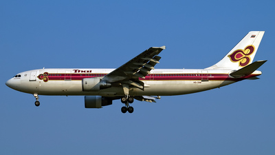 HS-TAW - Airbus A300B4-622R - Thai Airways International