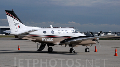 A picture of N99AC - Beech E90 King Air - [LW120] - © Agustin Anaya