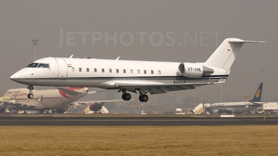 VT-KML - Bombardier CL-600-2B19 Challenger 800 - Private