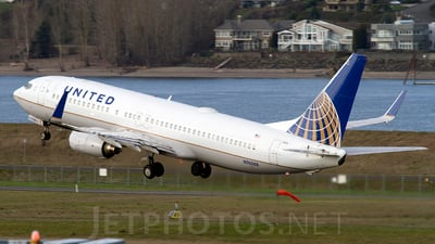 N76288 - Boeing 737-824 - United Airlines