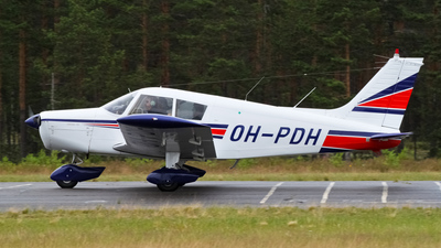OH-PDH - Piper PA-28-140 Cherokee F - Private