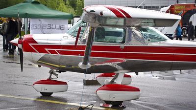 OH-CLE - Cessna 152 II - Private