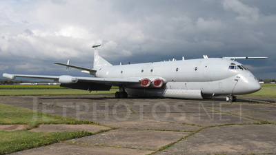 XV226 - British Aerospace Nimrod MR.2 - Private