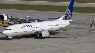N18243 - Boeing 737-824 - United Airlines (Continental Airlines)