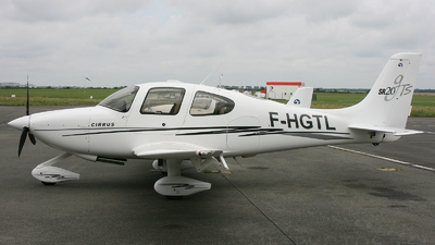 A picture of FHGTL - Cirrus SR20 - [1646] - © hjcurtis
