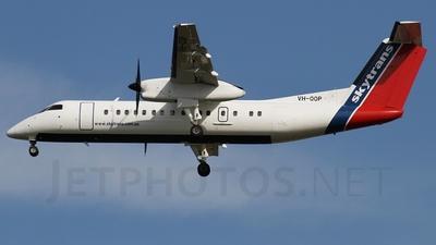 A picture of VHQQP - De Havilland Canada Dash 8300 - [232] - © Brandon Giacomin
