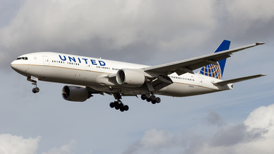 N782UA - Boeing 777-222(ER) - United Airlines