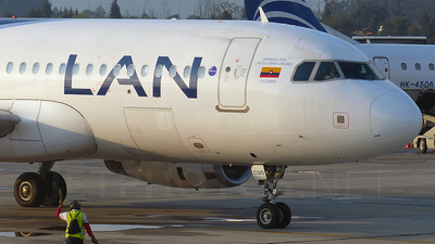 CC-CQO - Airbus A320-233 - LAN Colombia (Aires Colombia)