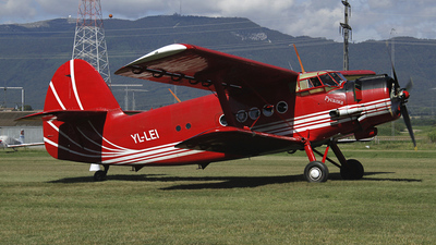 YL-LEI - PZL-Mielec An-2 - Private