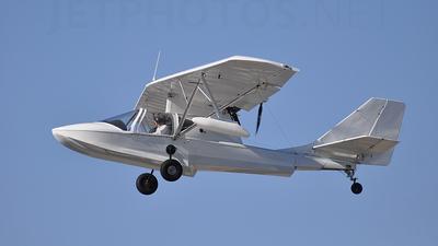 A picture of N415RK - Progressive SeaRey LSA - [1068] - © Mark Ollier