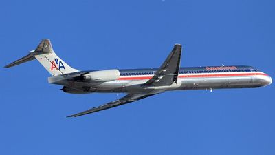 N567AM - McDonnell Douglas MD-83 - American Airlines