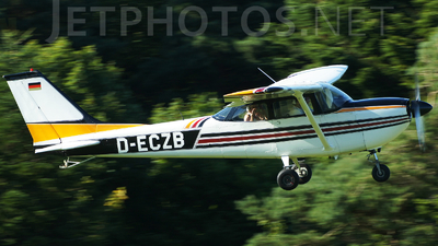A picture of DECZB - Cessna FR172F Reims Rocket - [FR17200107] - © Marius Hoepner