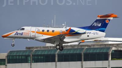 PP-UTI - Embraer 505 Phenom 300 - Amil Resgate Saúde