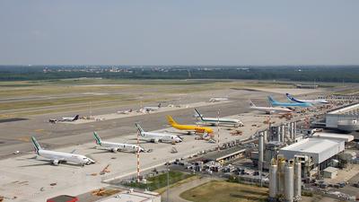 - Airport - Ramp