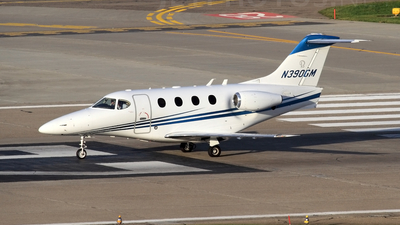 N390GM - hawker Beechcraft 390 Premier I - Private