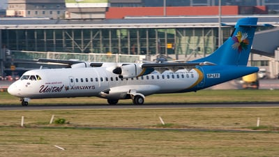SP-LFF - ATR 72-202 - United Airways