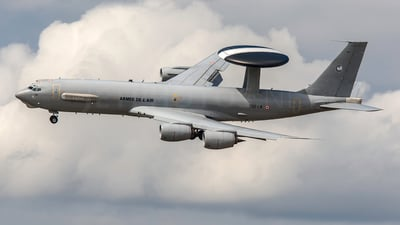 201 - Boeing E-3F SDCA - France - Air Force